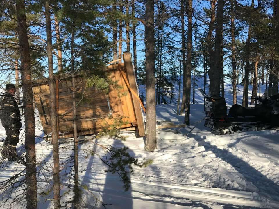Nya dassets färd till Hamnskär